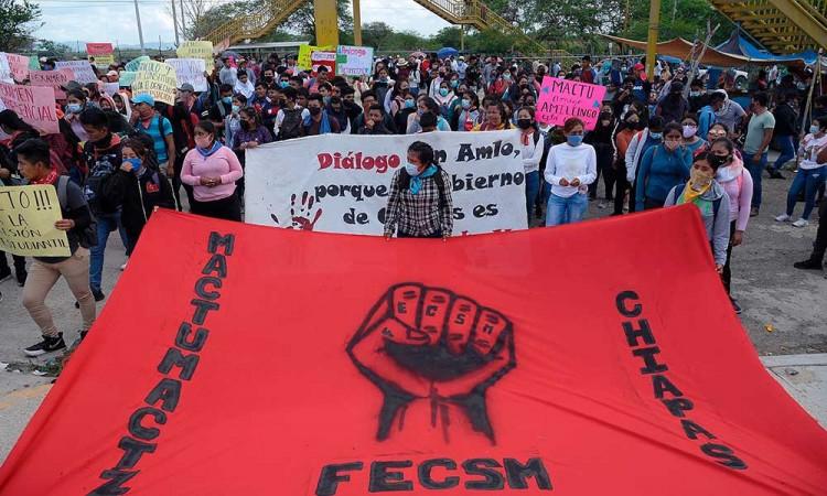 JUez niega libertad de 19 estudiantes detenidos en Chiapas