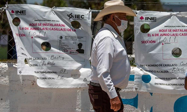 Cierran centros de votación en México tras jornada histórica
