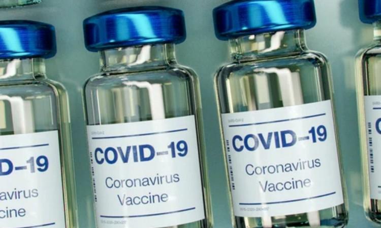 Llegan a México 1.35 millones de vacunas de Janssen enviadas por EU
