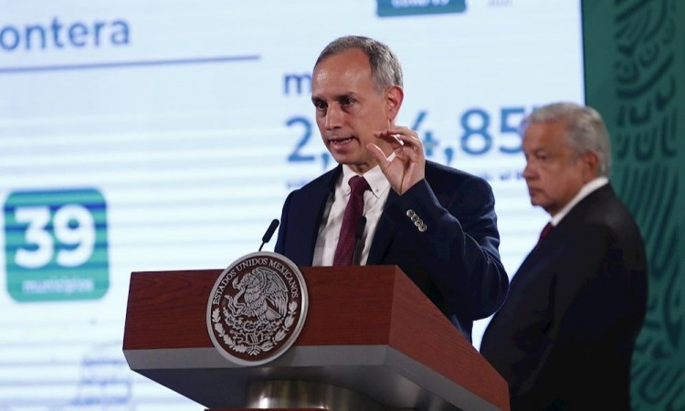 López Obrador agradece a Gatell tras concluir sus reportes diarios