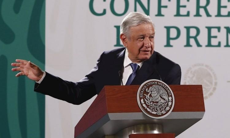 Kamala Harris bromeó sobre vender avión presidencial a ricos: López Obrador