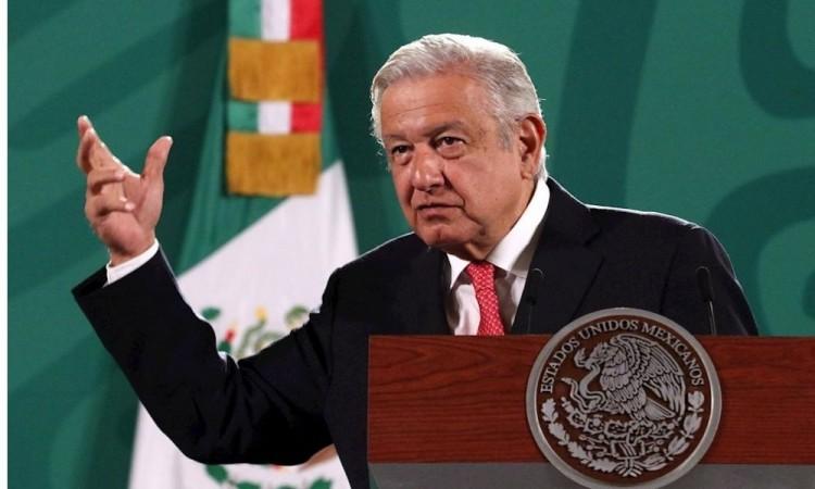 AMLO pide votar en la consulta para juzgar a los expresidentes