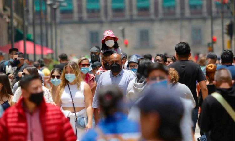 La posible tercera ola de covid cada vez más cerca en México