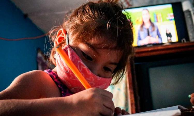 AMLO no garantiza que niños y jóvenes no se contagien de Covid en México: FNERRR