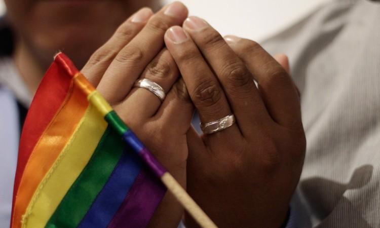 Dan amparo a matrimonio igualitario en Tepeaca