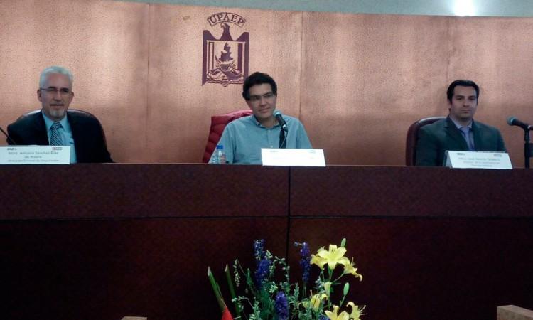 Pide Ríos Piter combatir la corrupción en el huachicoleo