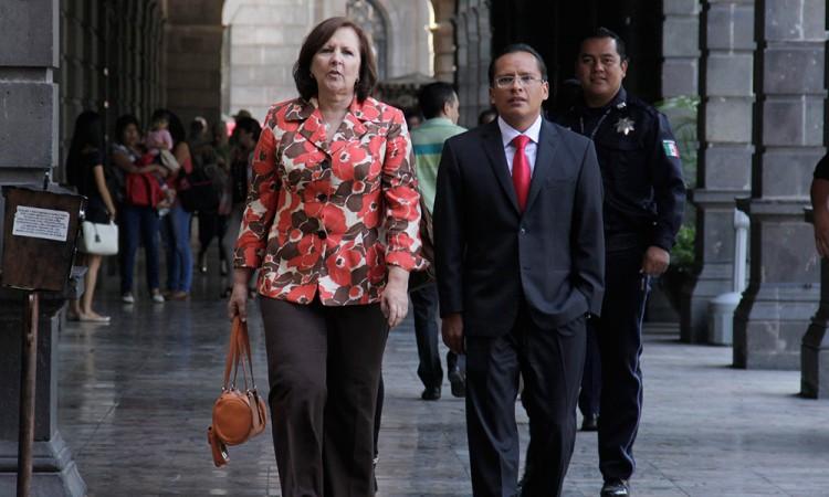 IEE trató de acusarme con cédulas falsas, afirma Víctor León