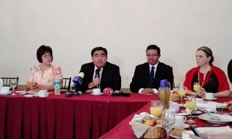 Promoverá Barbosa candidatura de AMLO en Puebla