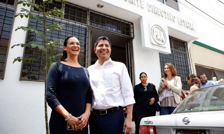 Niega Eduardo Rivera actos anticipados de campaña