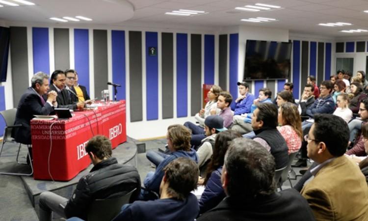 Ibero dialoga con Coparmex temas del TLCAN