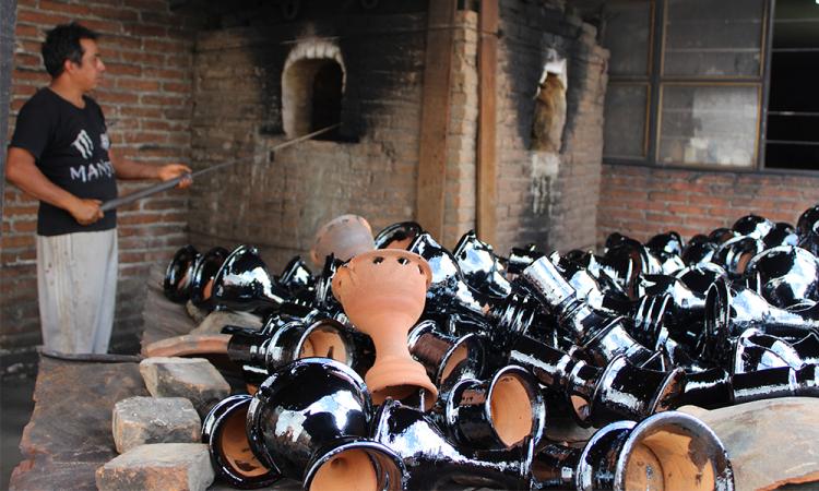 Sahumerios, artesanías con más de 100 años de tradición