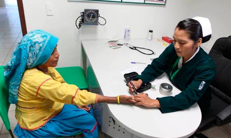 Medicinas, antes que remodelar: Alejandro González