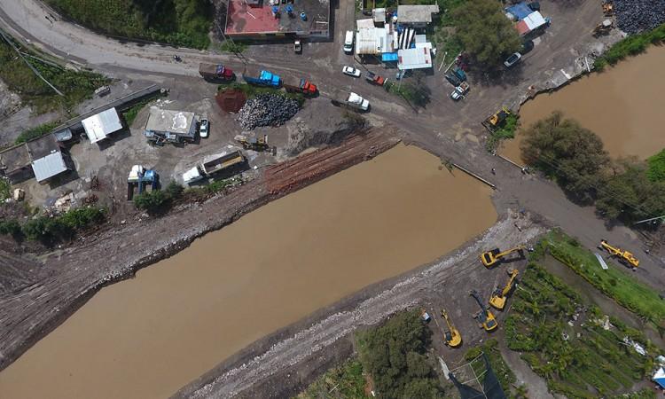 Alistan construcción de colector para el río Atoyac