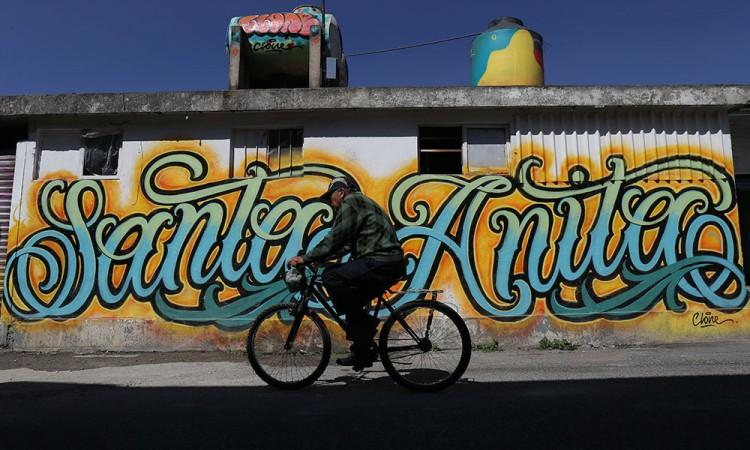Fotorreportaje: Llenan de color el barrio Santa Ana