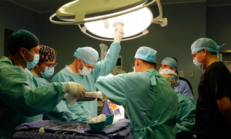 Realiza ISSSTEP segundo trasplante de riñon