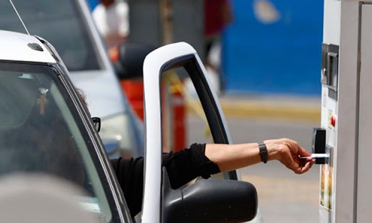 Inviable eliminar cobro en estacionamientos de plazas comerciales: PVEM