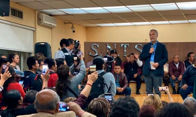 Ramírez Cuéllar pide apoyo total a López Obrador