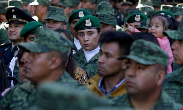 En día del Ejército, destacan el papel de la mujer