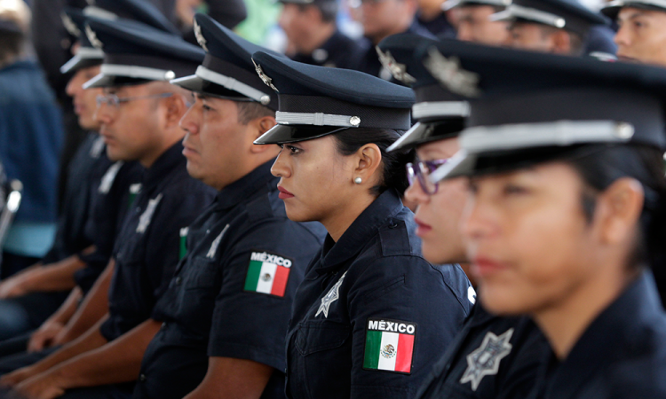 Dan de baja a 43 policías de Puebla, no pasaron examen de confianza