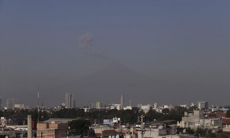 Funcionarios de Puebla evitaron talleres para monitorear el aire