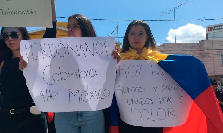 Alumnas colombianas temen ser las siguientes en Puebla