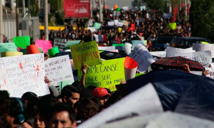 Paro universitario en Puebla; exigen seguridad