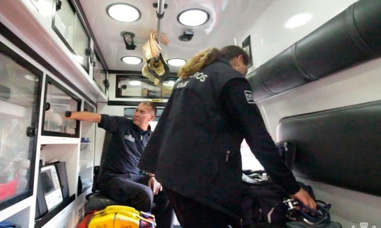 ¡Es niña! Atienden paramédicos de bomberos parto en Villa Universidades