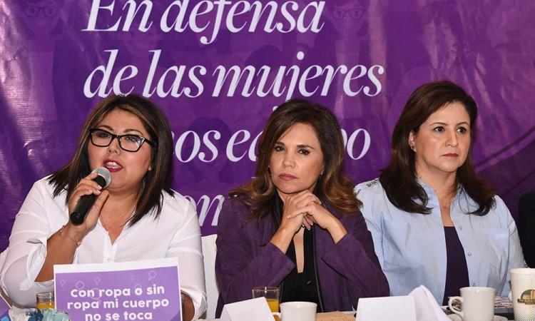 Mujeres se reúnen por inseguridad en Puebla; falta Morena y Partido Verde