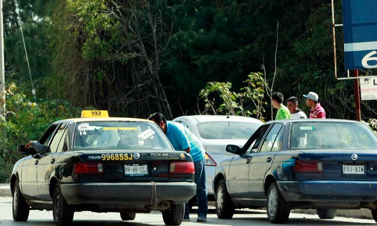 Aprueban en Comisión sanciones a taxis, grúas y corralones pirata