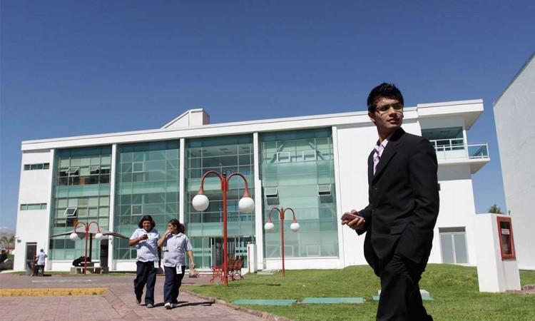 UVM también cancela clases presenciales en Puebla