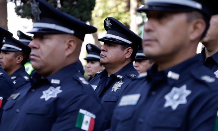 Acusa Barbosa colusión de policías municipales de Puebla con la delincuencia