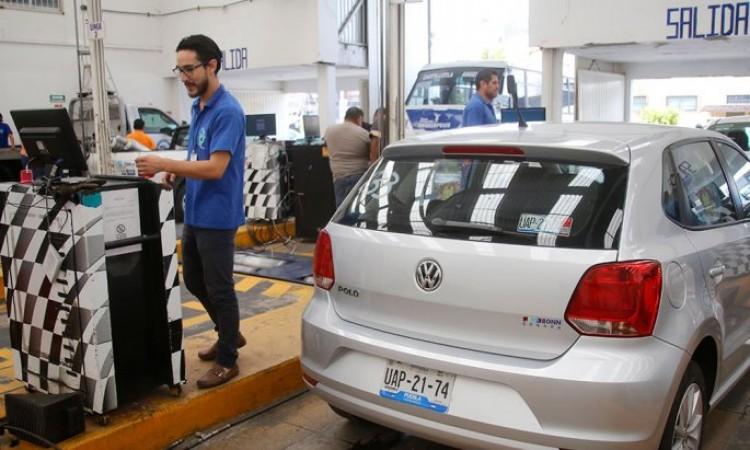 Por incumplimientos, comienzan a clausurar verificentros de Puebla
