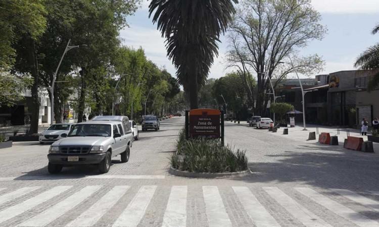 COVID-19: Bares en avenida Juárez sufren pérdidas y cierres