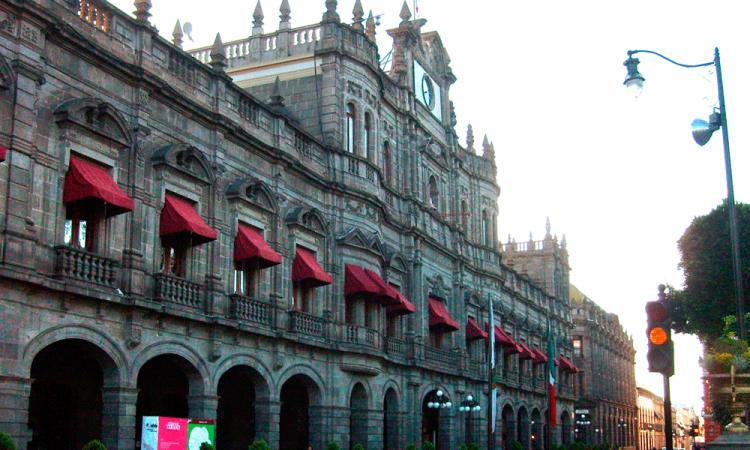 Ayuntamiento suspende servicios de Dirección de Desarrollo Urbano