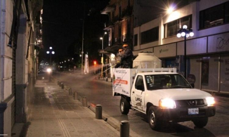 Ciudad de Puebla inicia limpieza preventiva contra el COVID-19