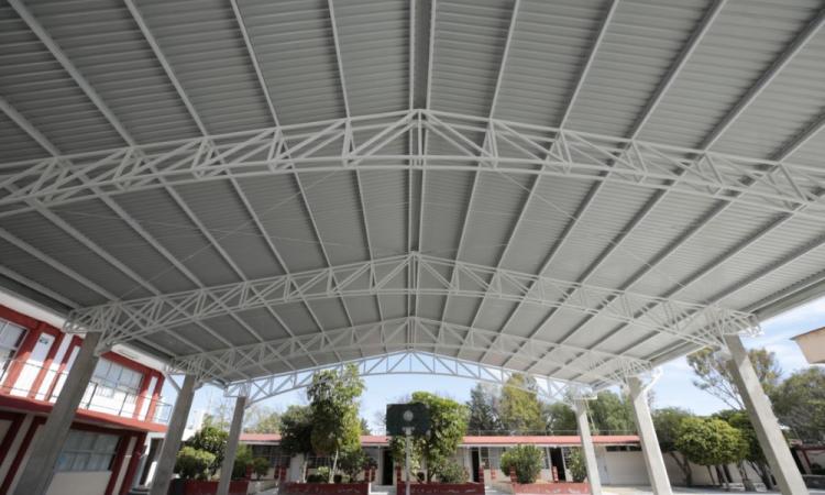 Continúan obras de infraestructura escolar 2020