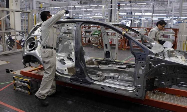 Coronavirus afecta industria automotriz en Puebla