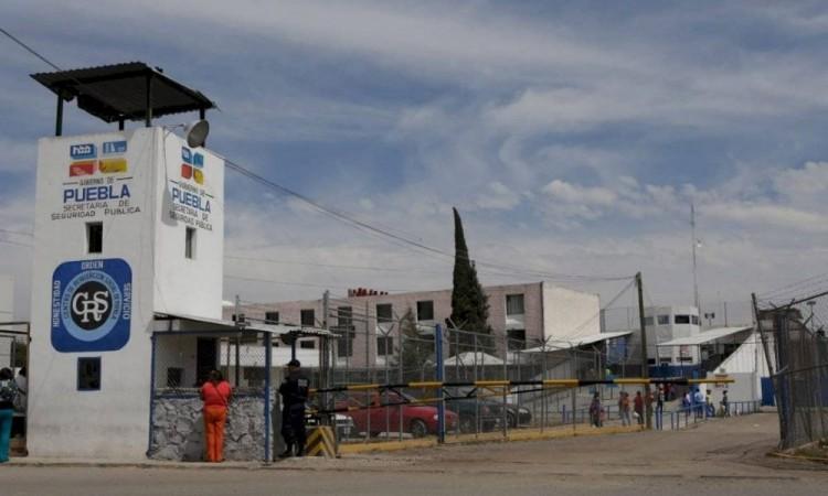 Analiza gobierno estatal liberar a presos ante contingencia