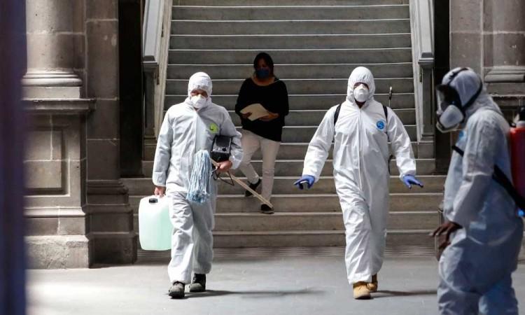 Van 2,271 muertos y 24,905 contagios de COVID-19