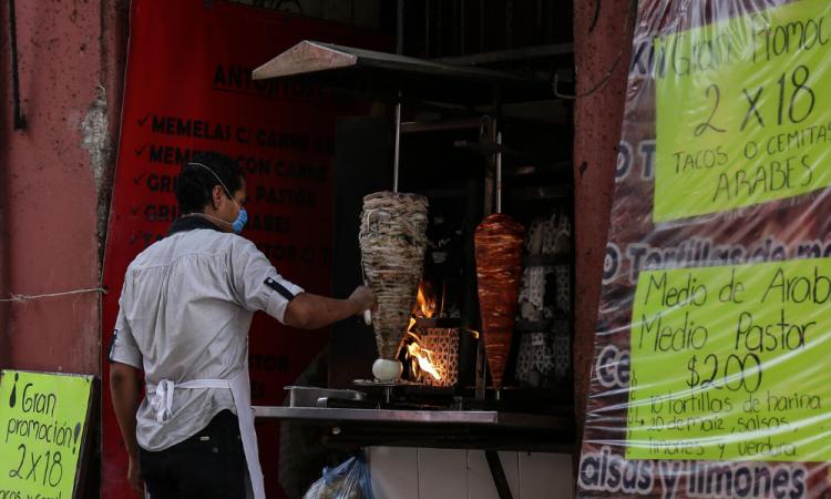 Mentira, cierre de establecimientos comerciales en Puebla