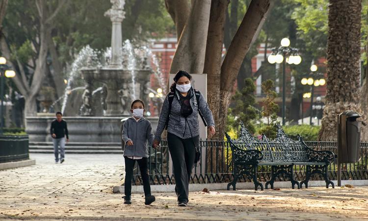 Casi mil casos positivos de coronavirus y 196 fallecidos, reporta Puebla