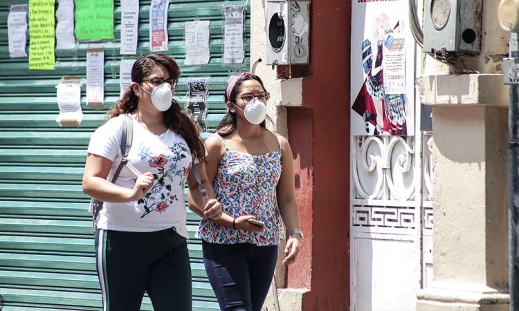 Curva alta de contagios y muertes por coronavirus, alerta Puebla
