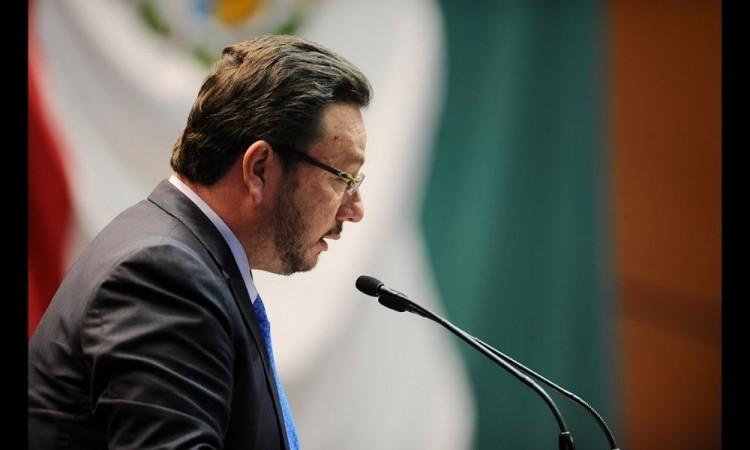 Cateos a inmuebles de Eukid Castañón, posible persecución política