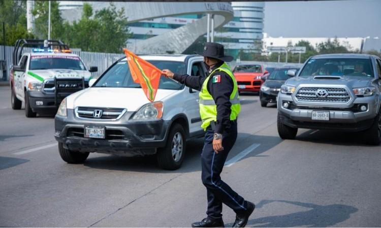 Al corralón 111 vehículos por incumplir con el Hoy No Circula