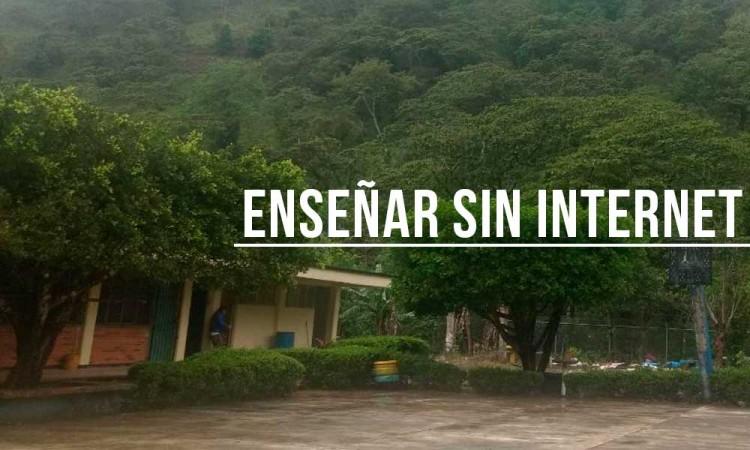 Ardua tarea, clases sin acceso a internet en Puebla
