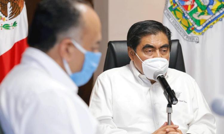 Rectifica Barbosa: solo se reconvertirán a hospitales Covid dos Cessas y no 10