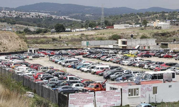 Este viernes mandan al corralón 123 autos por Hoy No Circula