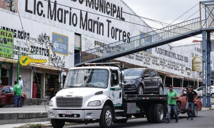 Más autos al corralón por el Hoy No Circula en Puebla