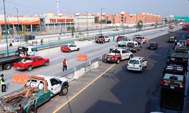 Hoy No Circula mete al corralón 1,207 autos en Puebla