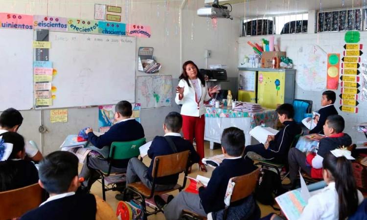 Adelantan ciclo escolar al 20 de julio en Puebla